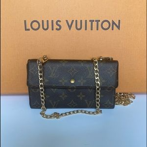 Louis Vuitton continental wallet on chain